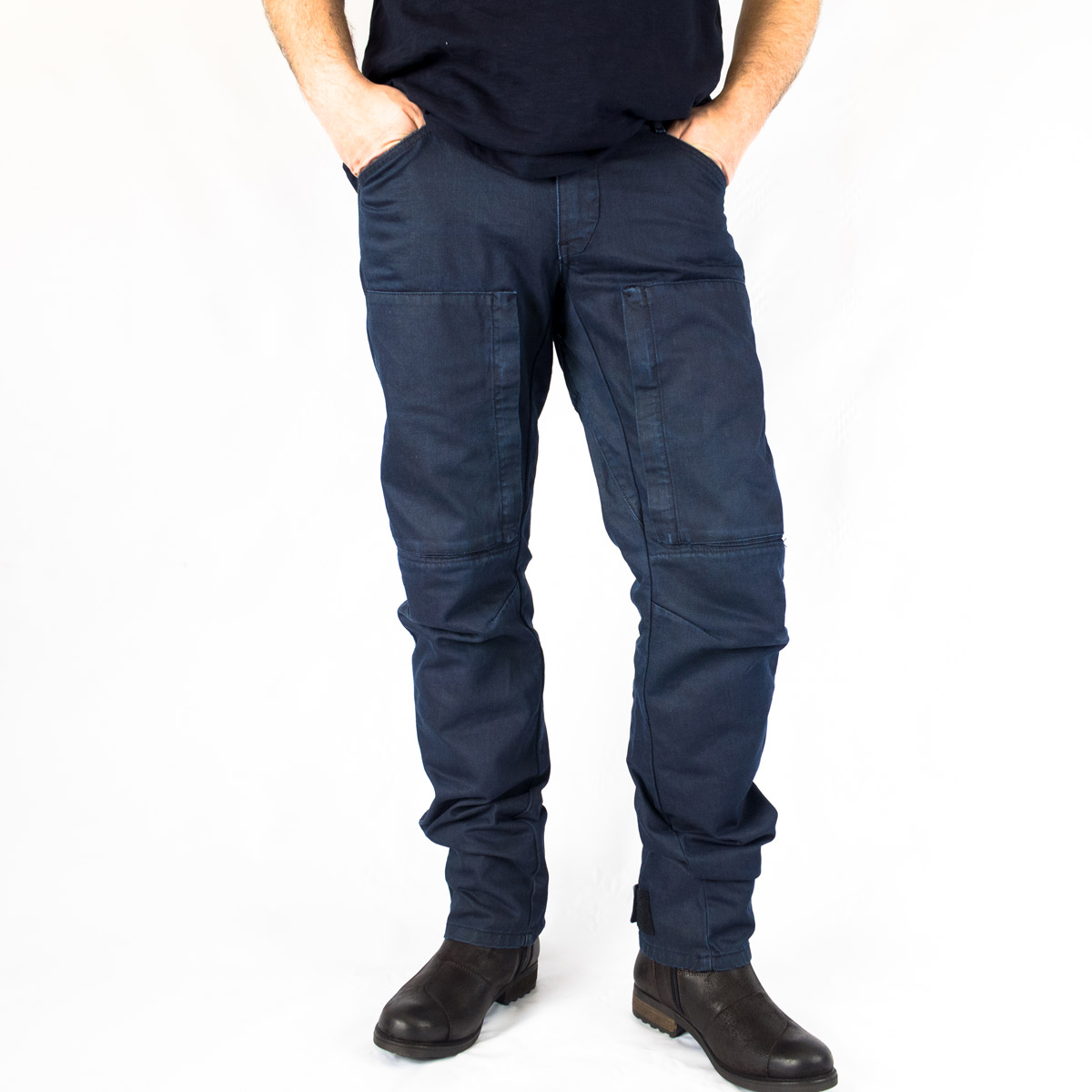 9d53f4a0 Rev It's Recon jeans have all the classic features you expect from  protective jeans, but have been styled to look like workwear thanks to ...