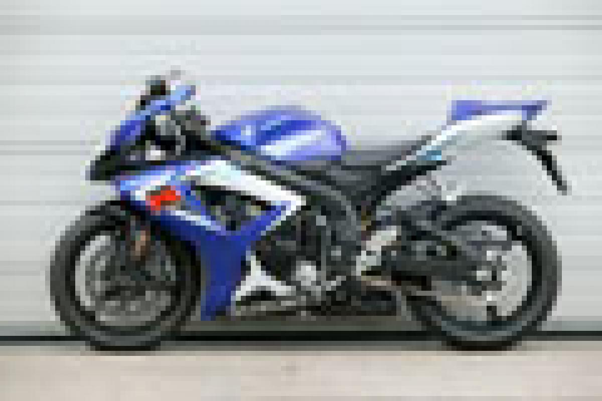 First Ride: 2006 Suzuki GSX-R750 K6 | Visordown