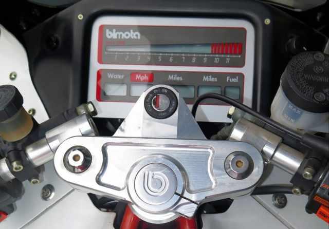 102115-bimota-tesi-1d-sr-speedometer-cropped.jpg