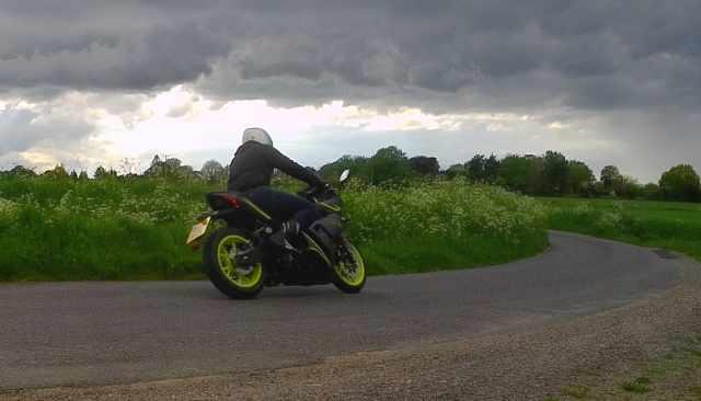 125cc riding