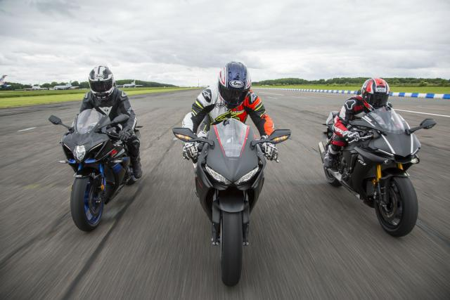 Superbike group test 2017: GSX-R1000R vs... | Visordown