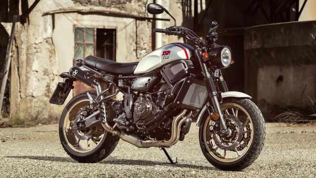 2019-Yamaha-XS700SCR-EU-Detail-002-03.jpg