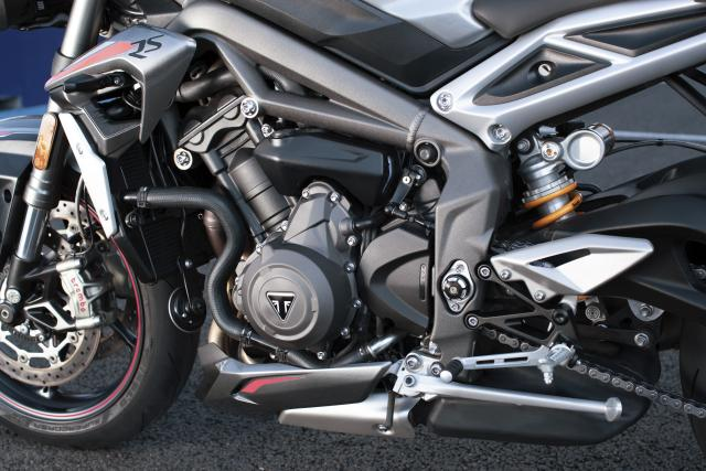 Triumph Street Triple RS (2020) Visordown review