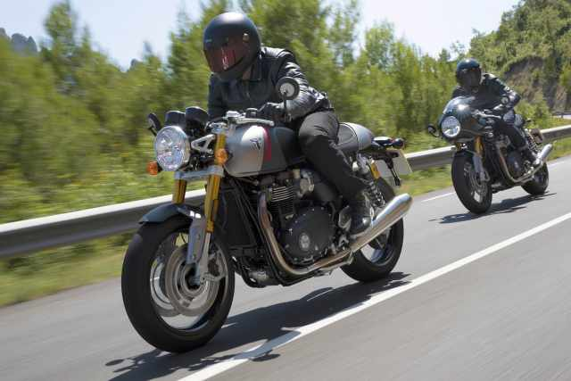 2020-Triumph-Thruxton-RS-First-Look-retro-sport-motorcycle-feature.jpg