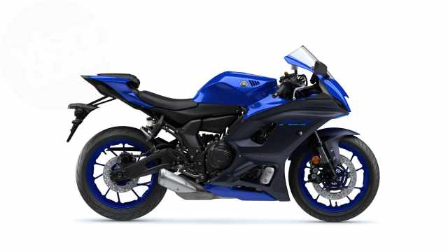 Yamaha R7 officially revealed