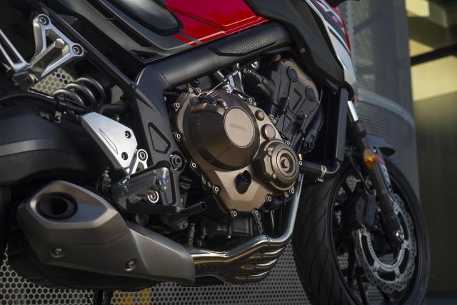 2017 Honda CB650 engine