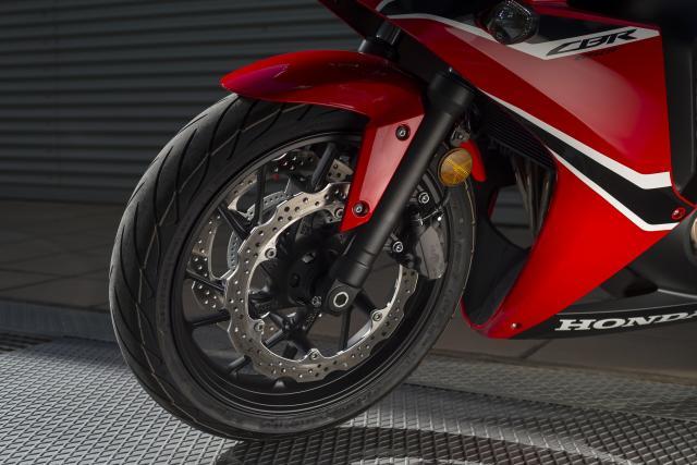 2017 Honda CBR650F suspension and brakes