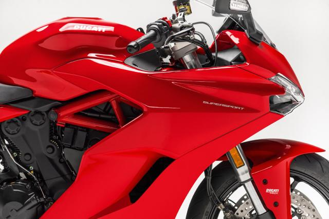 Ducati SuperSport bars