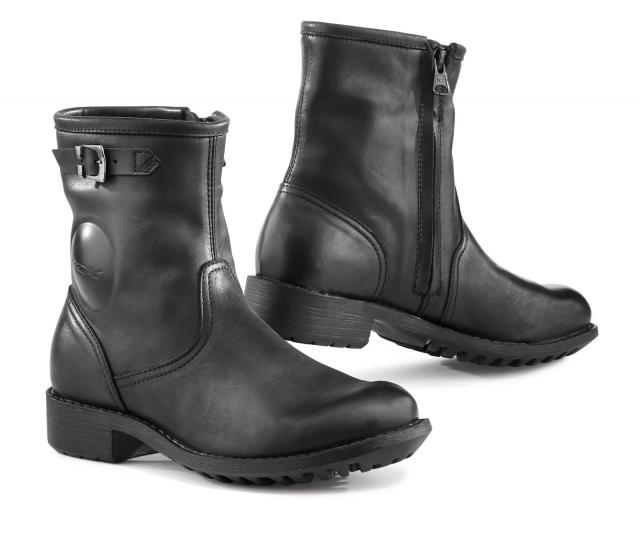TX ladies Biker boots