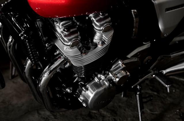Honda CB1100 engine