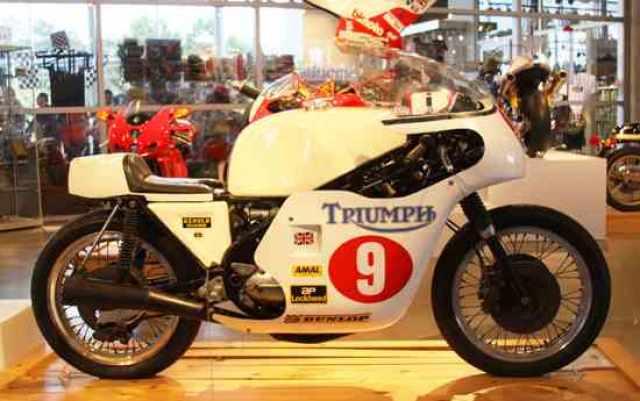 Triumph F750 'Beezumphs'[1970-71]