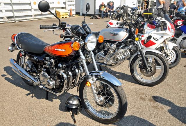 Z900 and CBX1000 Ace Cafe