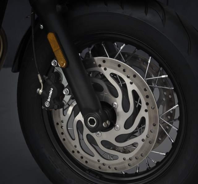 2021 Bonneville Bobber front brake