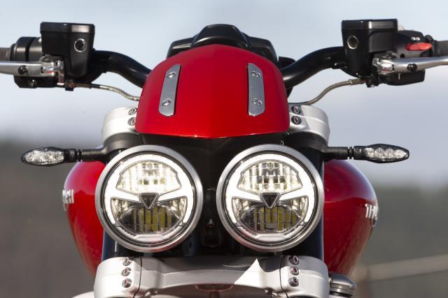 Triumph Rocket 3 Review