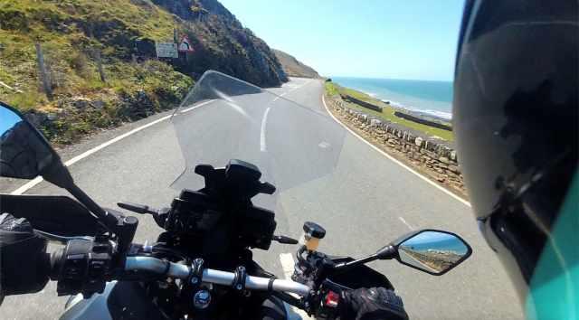 Welsh coastal ride Tracer 9 GT dash