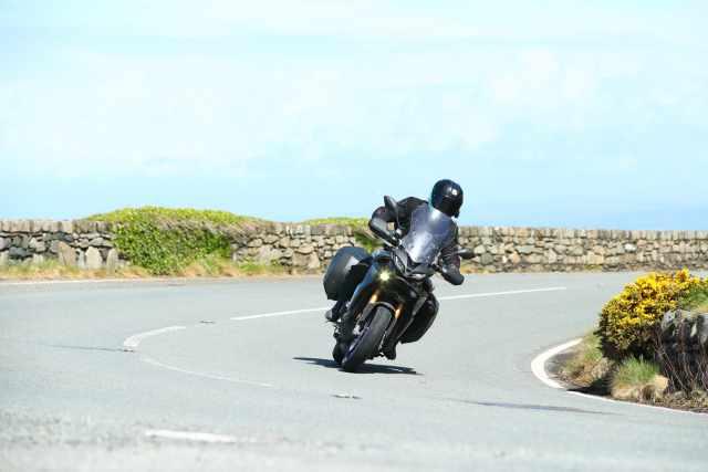 coast road tracer 9 gt
