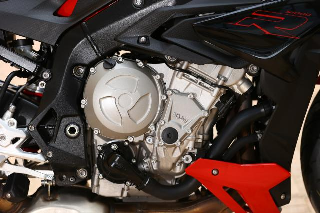 2017 BMW S1000R engine
