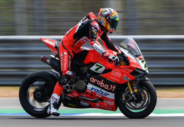 Chaz Davies braking at Buriram