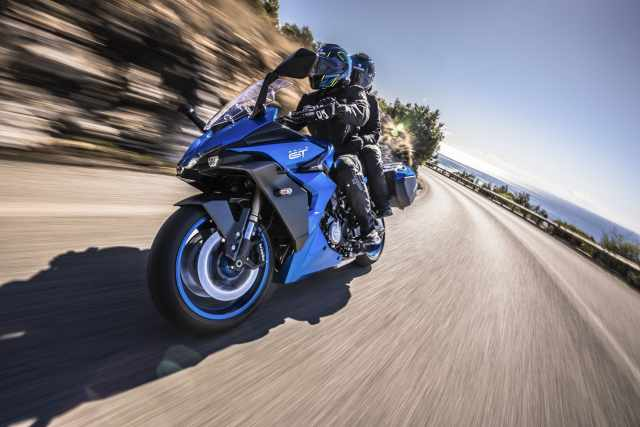 GSX-S1000GT riding on a coastal road