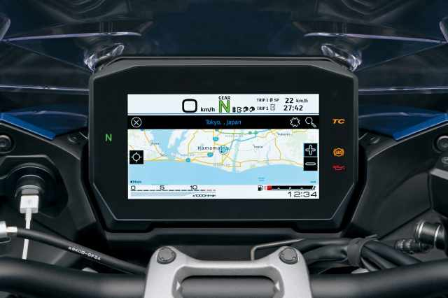 GSX-S1000GT TFT dash with mapping function on display