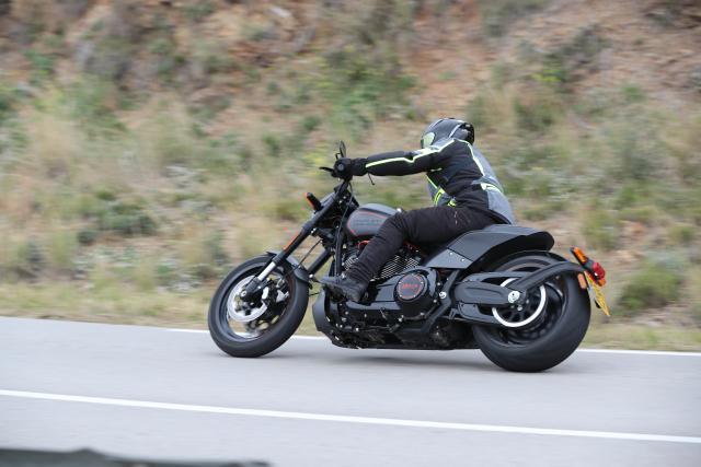 Harley-Davidson FXDR 2019 Review