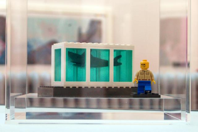 Hirst Lego Shark/Paul Stevenson Flickr
