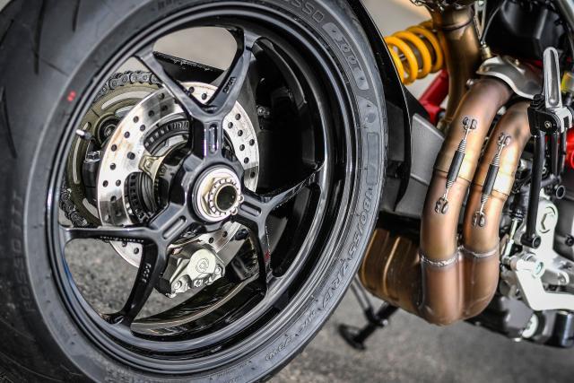 Ducati Hypermotard 950 wheel