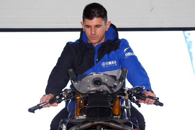 Win track instruction McAMS Yamaha rider Jason O'Halloran