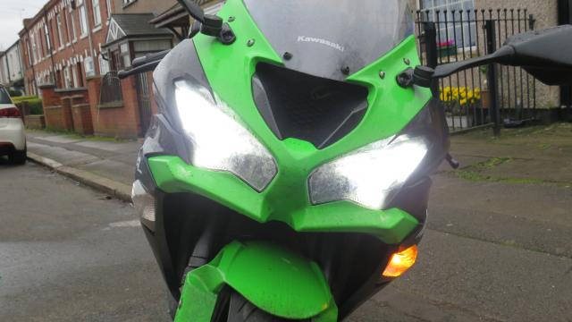 Kawasaki ZX-6R Ninja Review