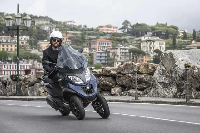 commuter scooter piaggio mp3 400 hpe