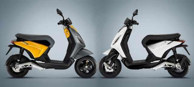 Piaggio One grigio bianco electric scooter