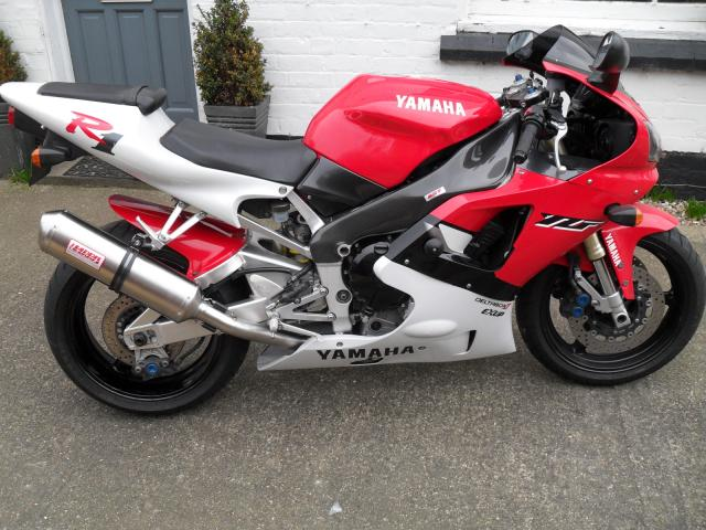 First generation Yamaha R1 with Harris pipe