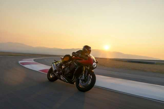 Speed Triple RR on track at sunset