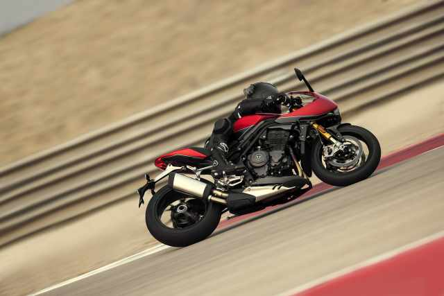 Speed Triple RR on the race track