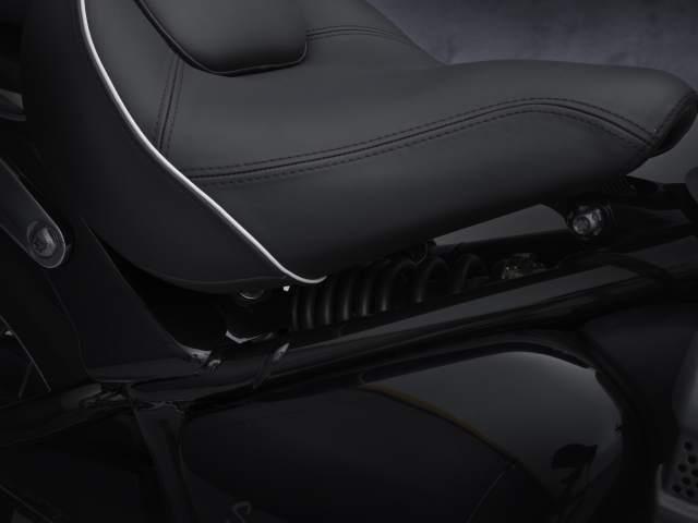 2021 Bonneville Speedmaster seat