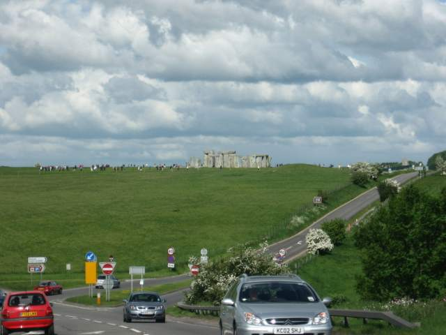 Stonehenge from road