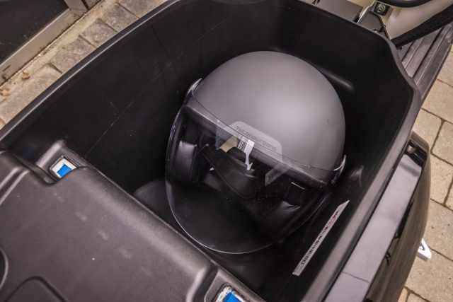 sunra robo-s underseat storage space