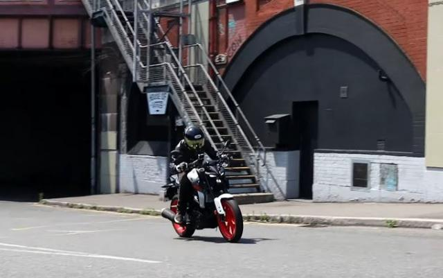 Yamaha MT-125 review