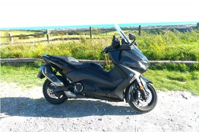 Yamaha TMAX long-term review: I thought I could ride every day through winter. Winter disagreed.