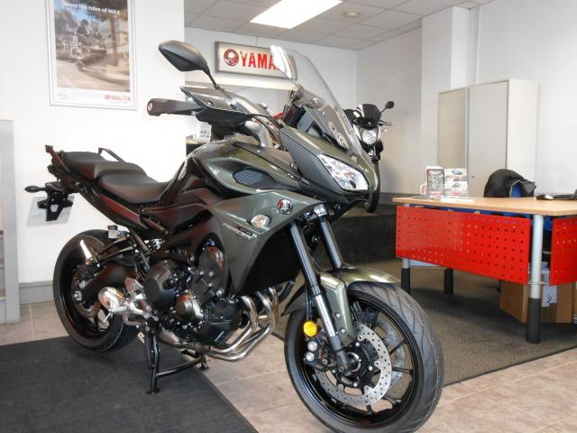 bike of the day yamaha tracer 900 visordown. Black Bedroom Furniture Sets. Home Design Ideas