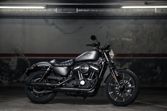 First Ride Harley Davidson Sportster Iron 883 Review