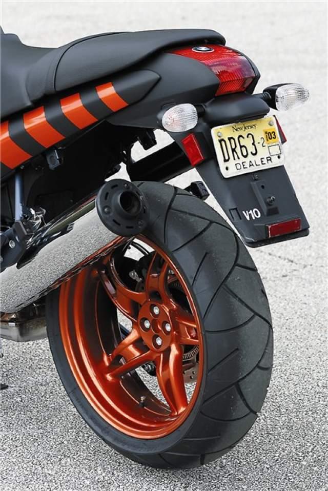 Outstanding First Ride Bmw R1150 Rockster Review Visordown Machost Co Dining Chair Design Ideas Machostcouk