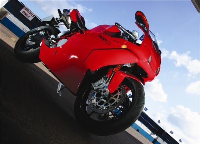 Road Test Ducati 999r Visordown