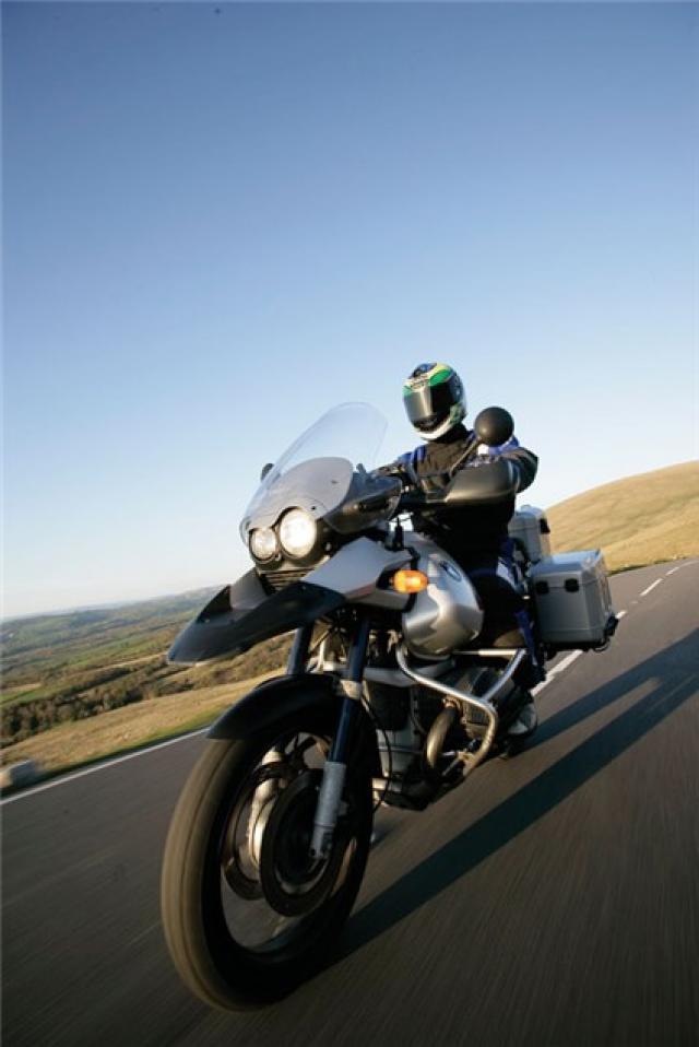 Road Test: BMW R1150GS V R1200GS | Visordown