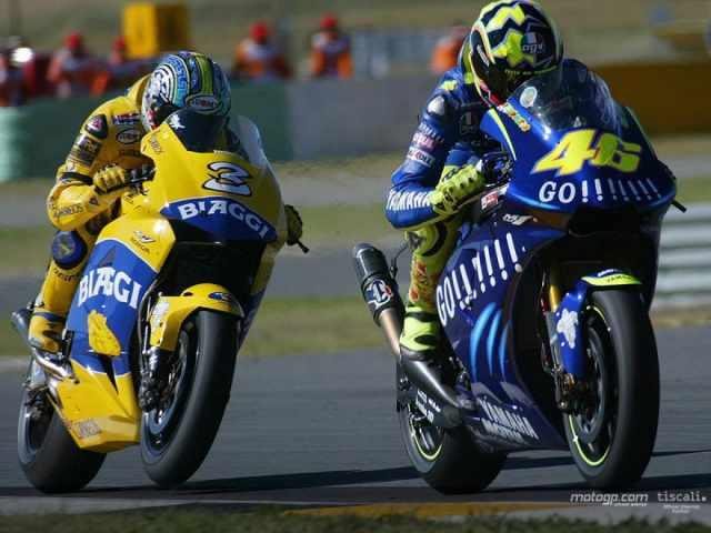 Max Biaggi Valentino Rossi 2004 MotoGP