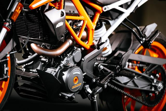 KTM Duke engine