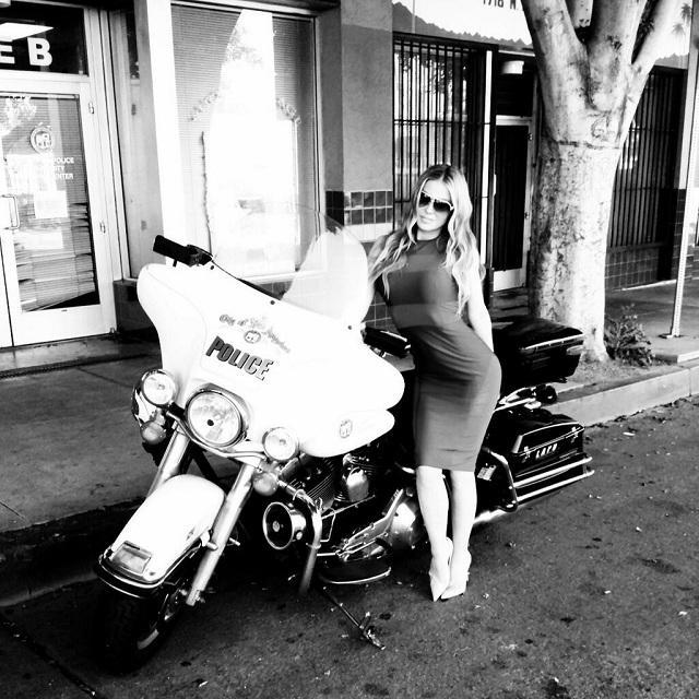 Carmen Electra's guide to avoiding a speeding ticket