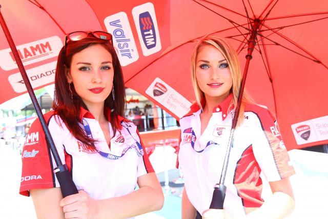 WSBK Imola 2014 paddock girls