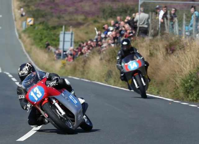 Johnston wins 350cc Classic TT