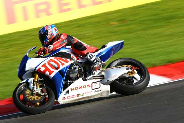 Honda Fireblade designed by Conor Cummins to race at BSB final